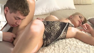 MOM Blonde elegant horny housewife creampie